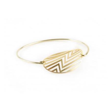 Thin golden plated click bracelet